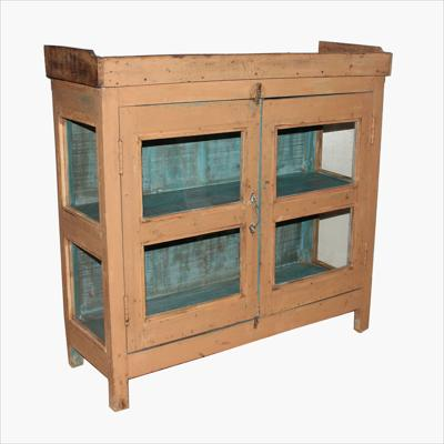 Salmon 3-sides glass cabinet