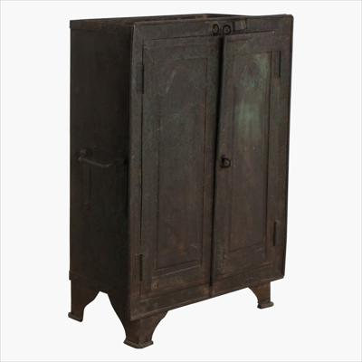 Green iron sweet maker cabinet